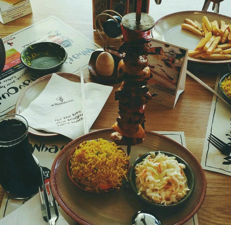 هالاكله حلاتها عشا اكثر من غدا @ Nandos - Bahrain
