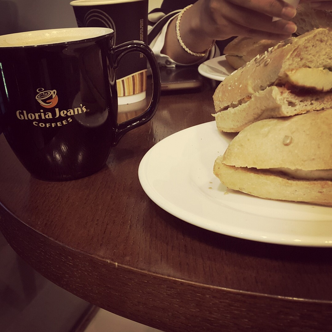😆 @ Gloria Jean's Coffees - Bahrain