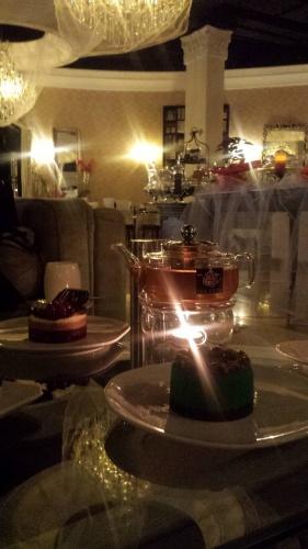 strawberry green tea @ Tea Club - Bahrain