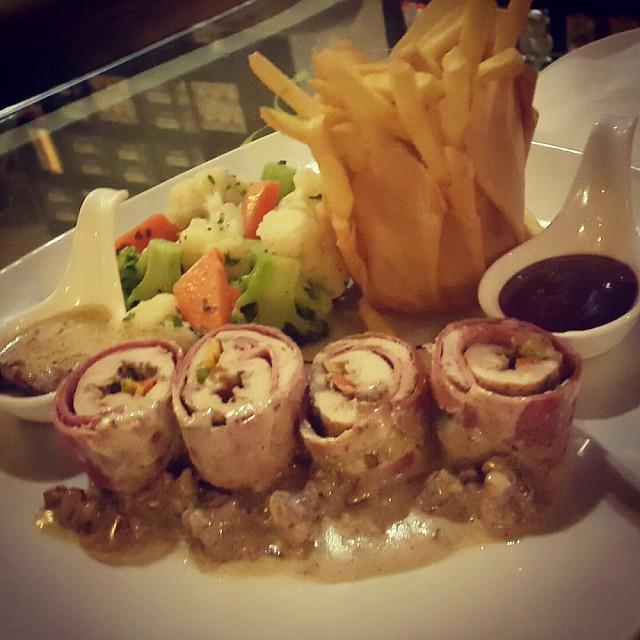 Chicken & mortadella roll