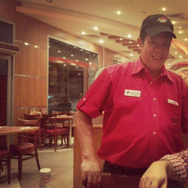 The most friendly waiter you can find in zinj pizza hut. Totally perfect behaviour. God bless him