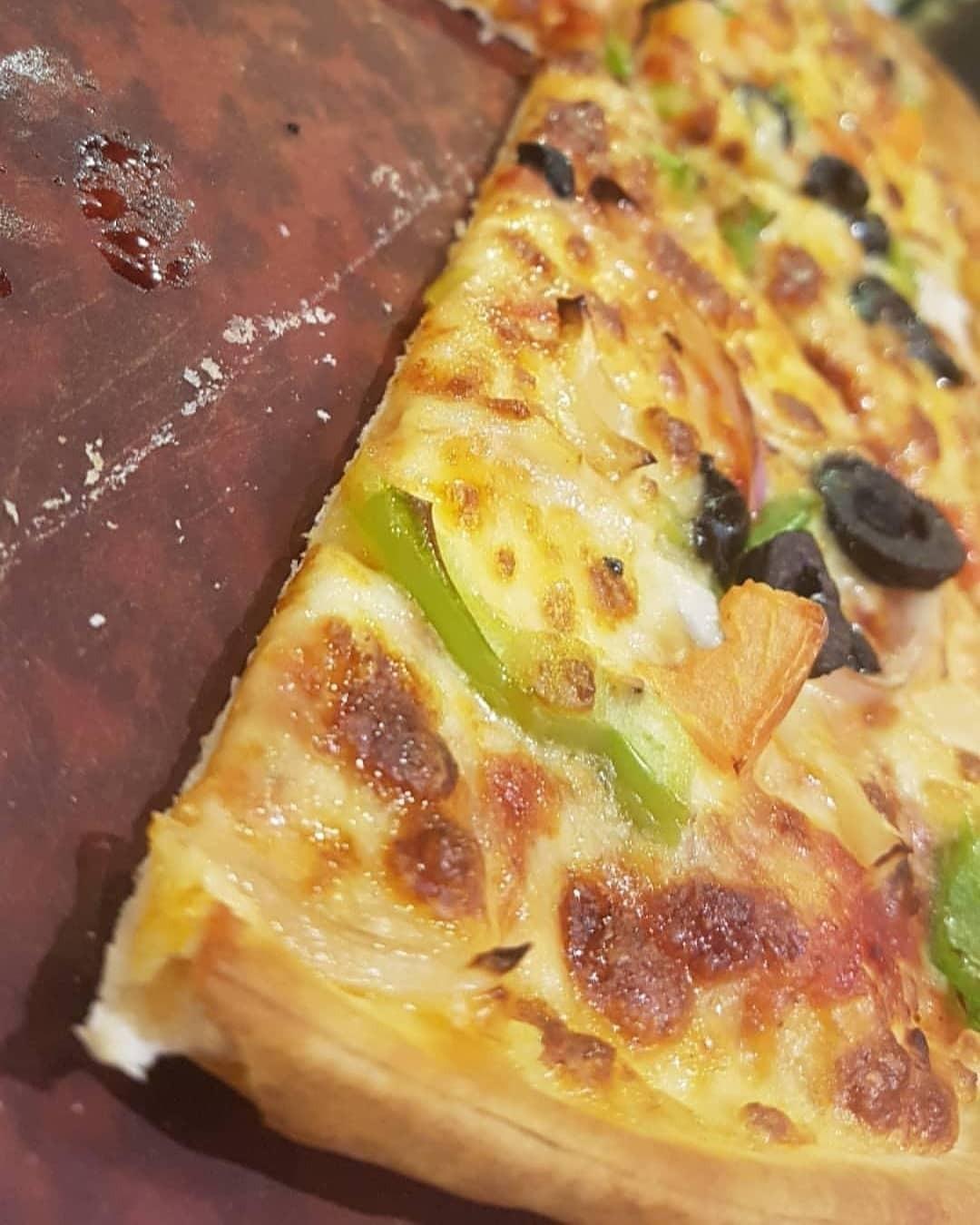 Vege pizza @ Pizza Hut - Bahrain