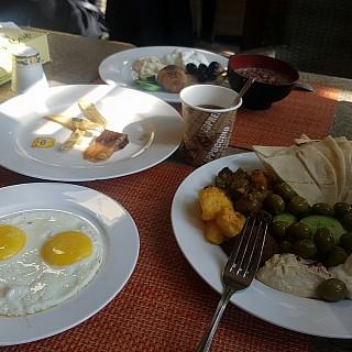 Breakfast buffet. 4.5 BD