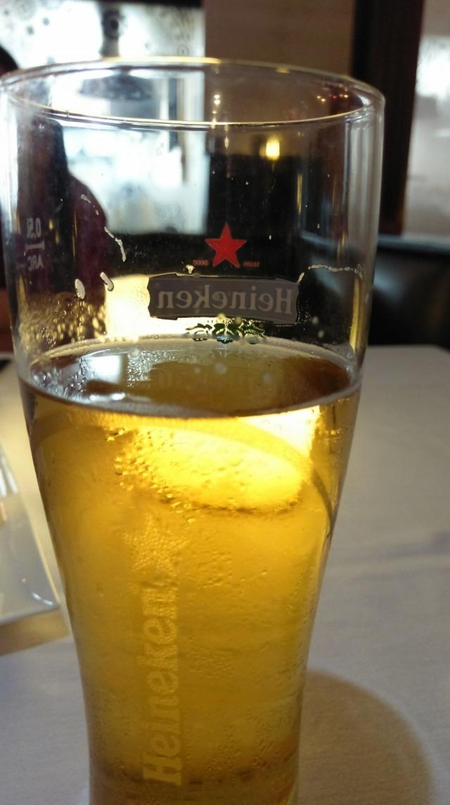 Having chilled beer @ rasoi ramee grand seef.  #heineken #draughtbeer