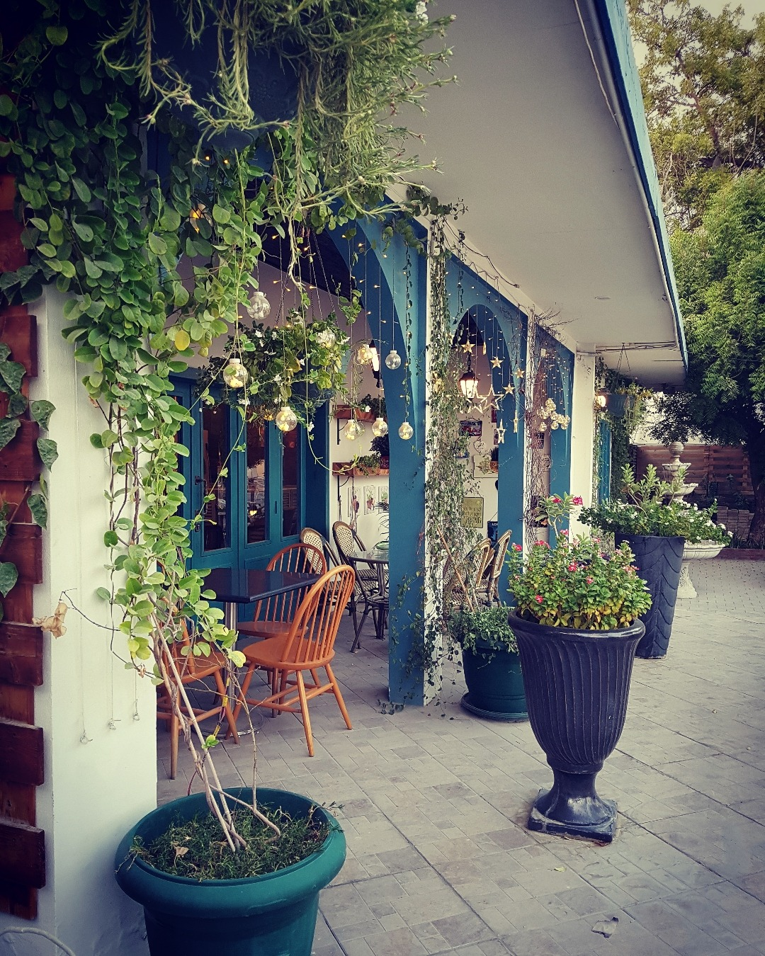 Beautiful outdoor area @ L'avenue Cafe - Bahrain
