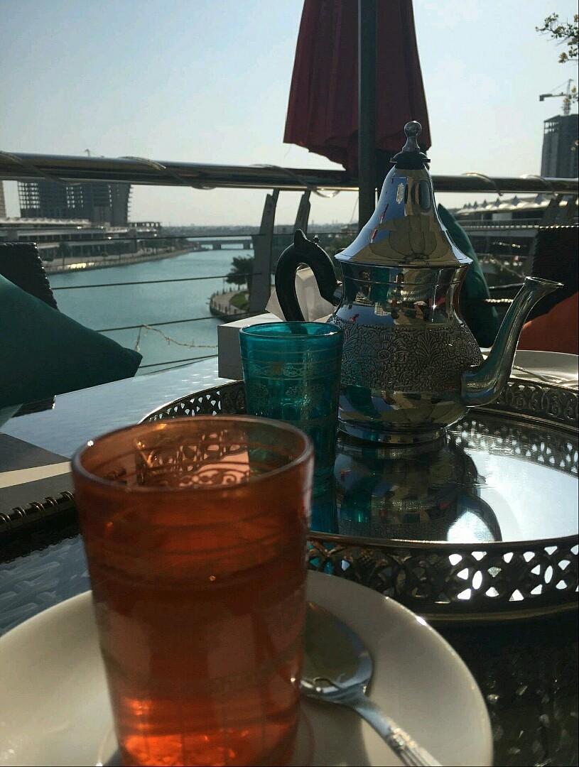 لزوم المزاج #شاي @ Lacasa Restaurant & Cafe - Bahrain