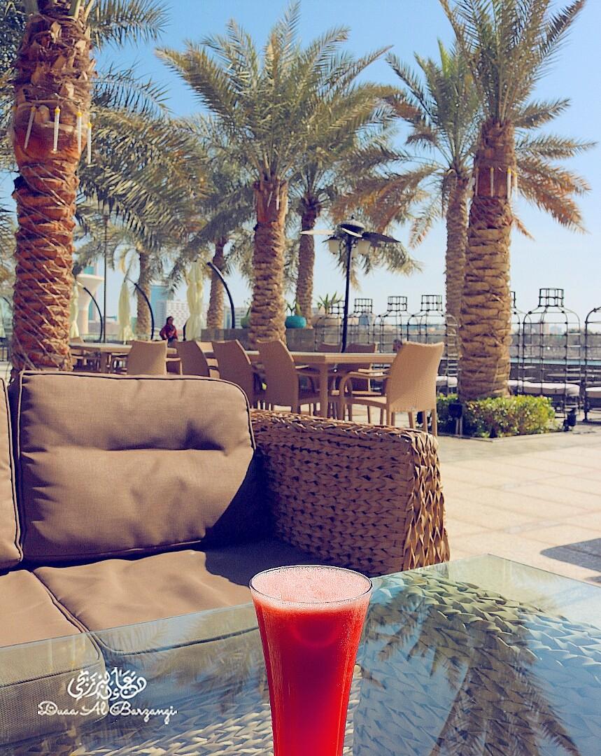 هنا أنت في ضيافة البحر مع ألوان الطبيعة و نكهة الانتعاش 🍉 @ Coffee World - Bahrain