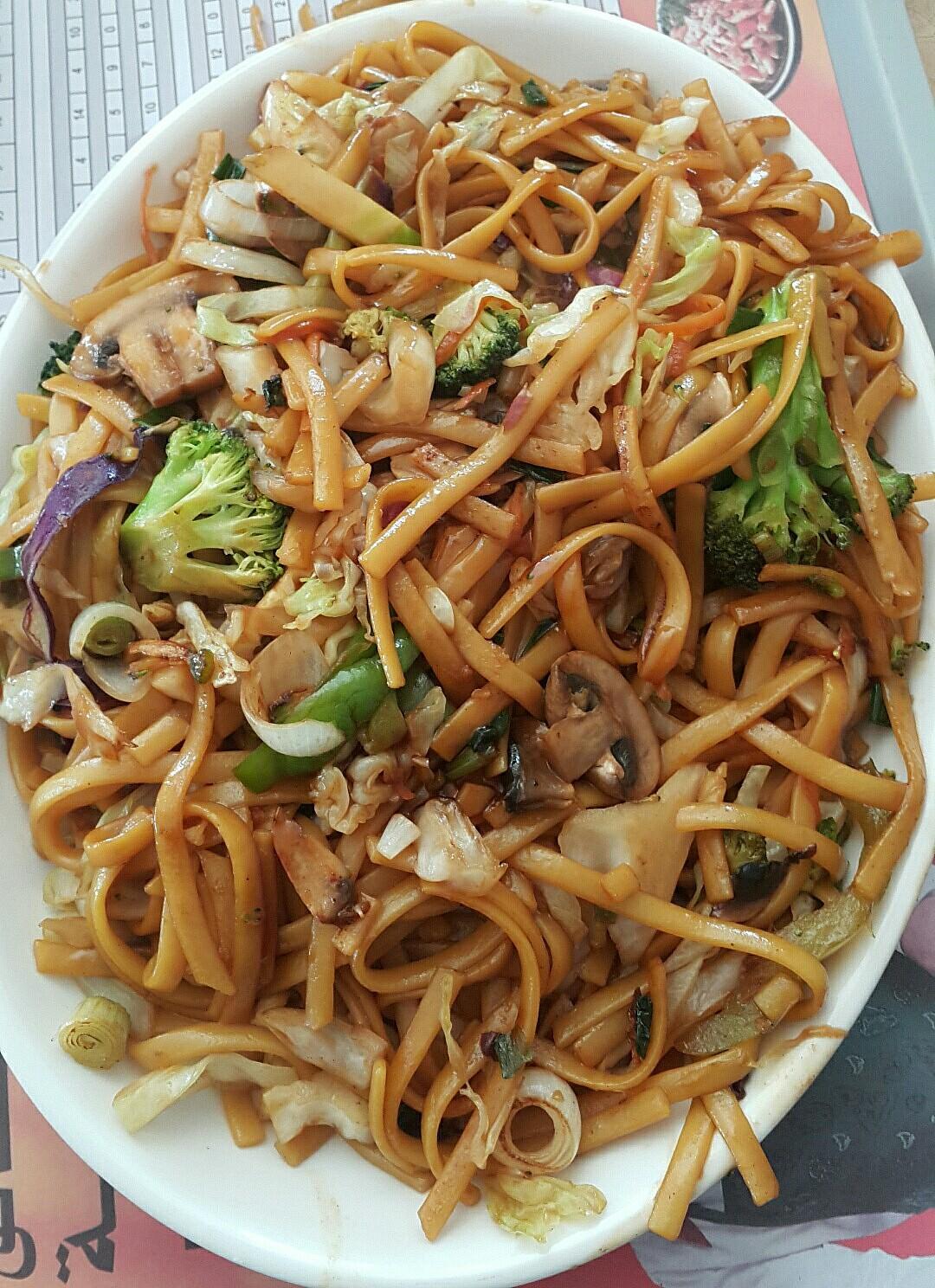 Yummy #noodles @ Yum Yum Tree (vanellis) - Bahrain