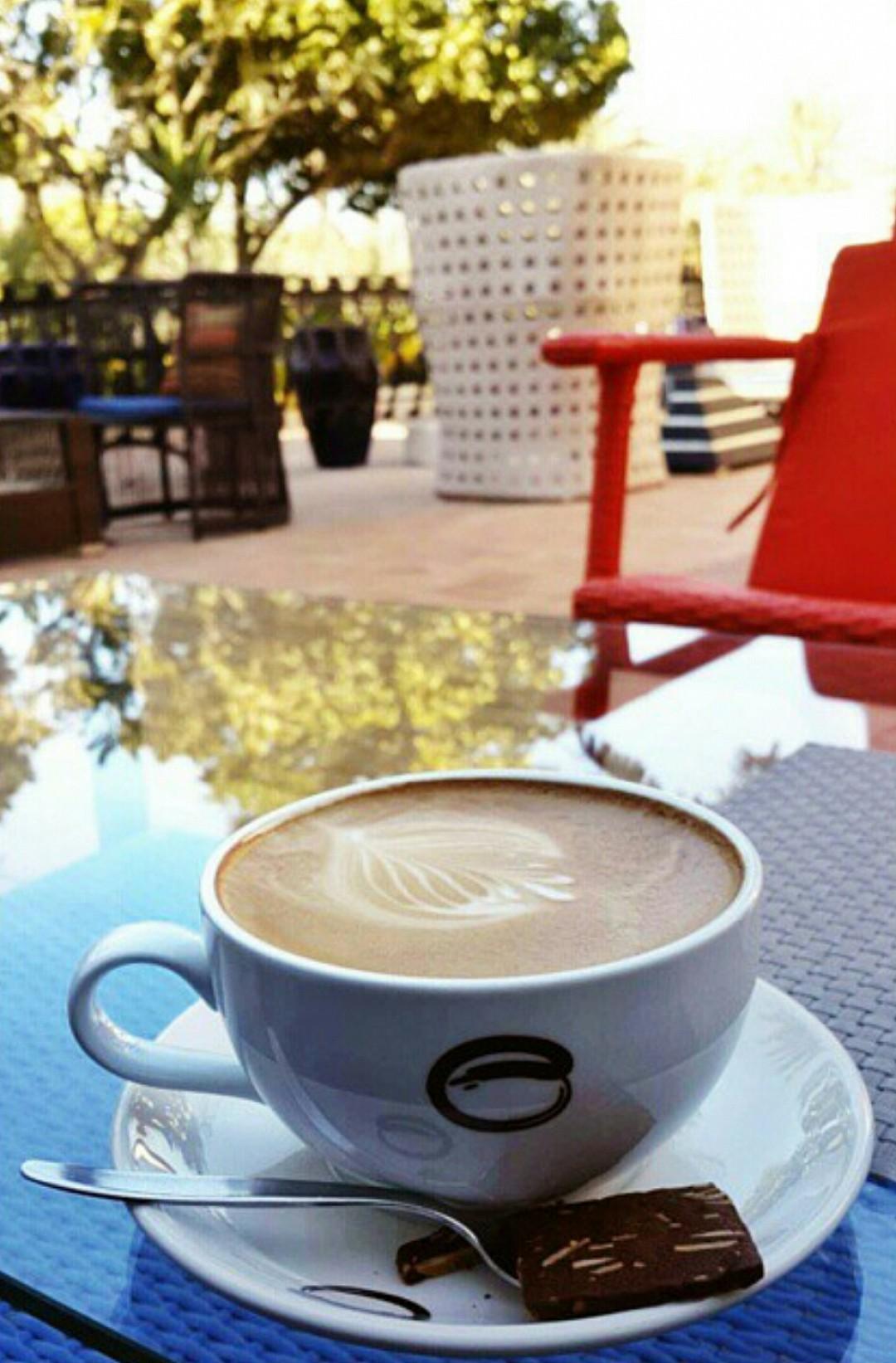 على هالجو الكوفي خيالي #كوفي #coffee @ Esquires Cafe - Bahrain