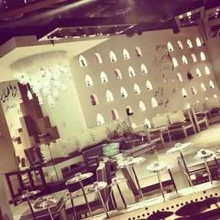 Best kuwaiti food with a great interior design of kuwaiti calture.. @360 Mall 👌👌