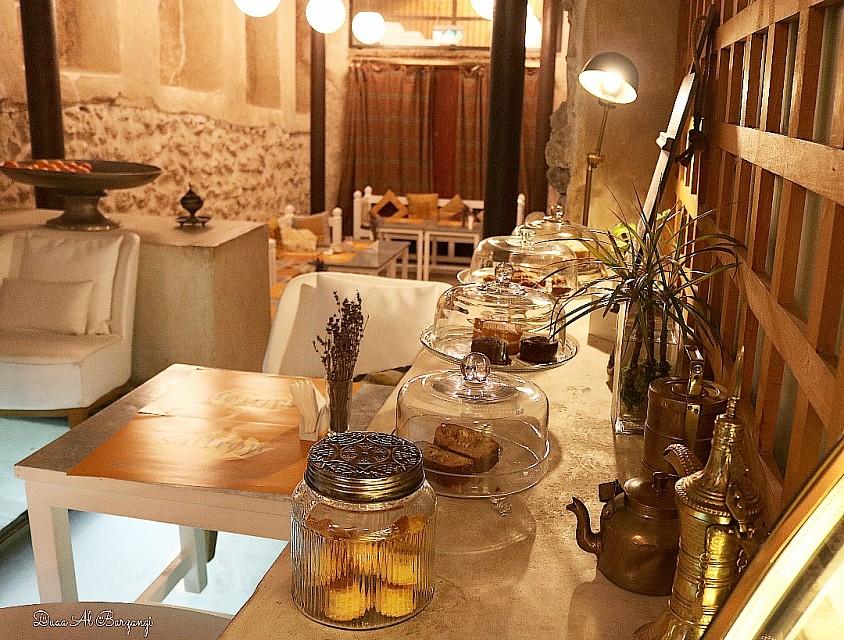امسية شاي تجمع الاحبة والاصدقاء في زعفران وسط المحرق العريقة 💜