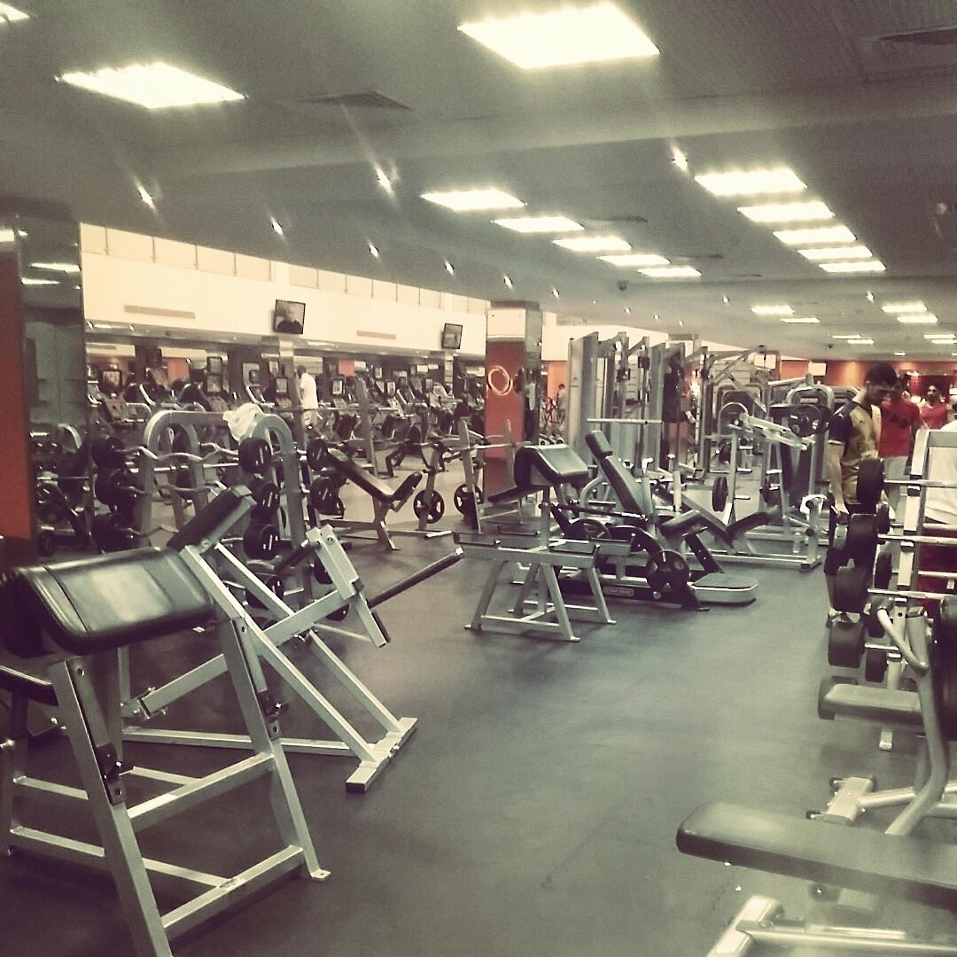 Legs day like a boss @ Olympia Health & Fitness Center - Bahrain