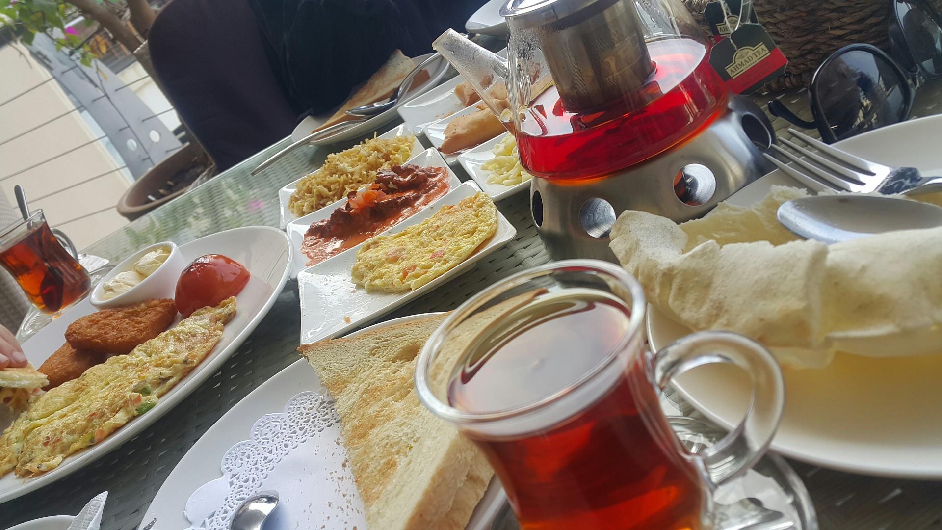 Traditional breakfast @ Flamingo Restaurant & Cafe - Bahrain
