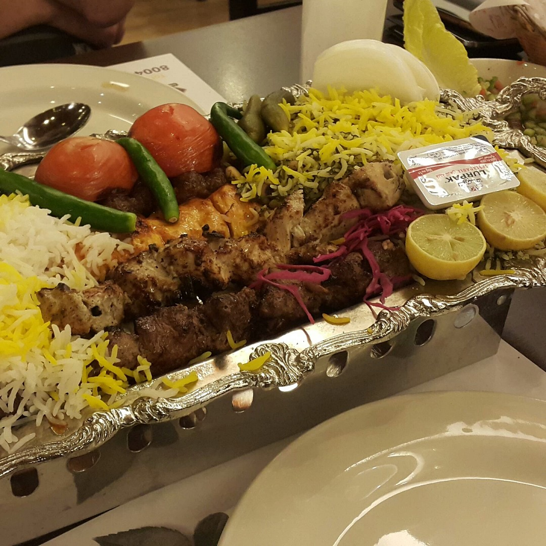 Iranian Mix #grill 😋 @ Pars Iranian Kitchen - الإمارات العربية المتحدة