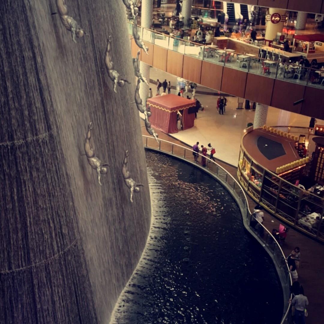 #dubai mall @ The Dubai Mall - الإمارات العربية المتحدة