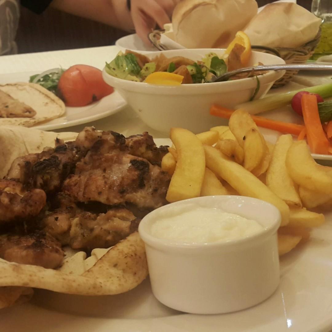 Special boneless #chicken cubes 😋😋😋 yummy #tasty @ Al Halabi - الإمارات العربية المتحدة