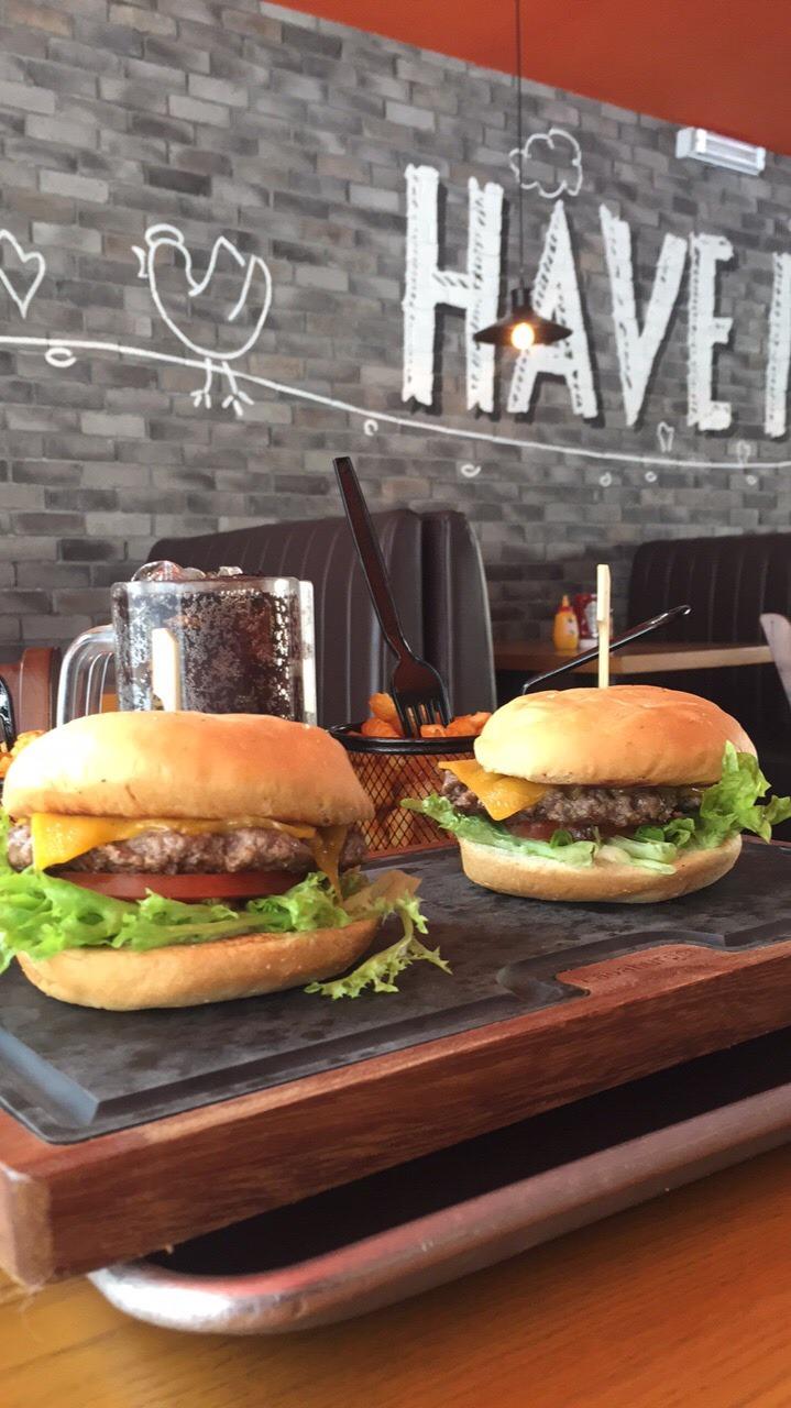Lava Burger - Bahrain