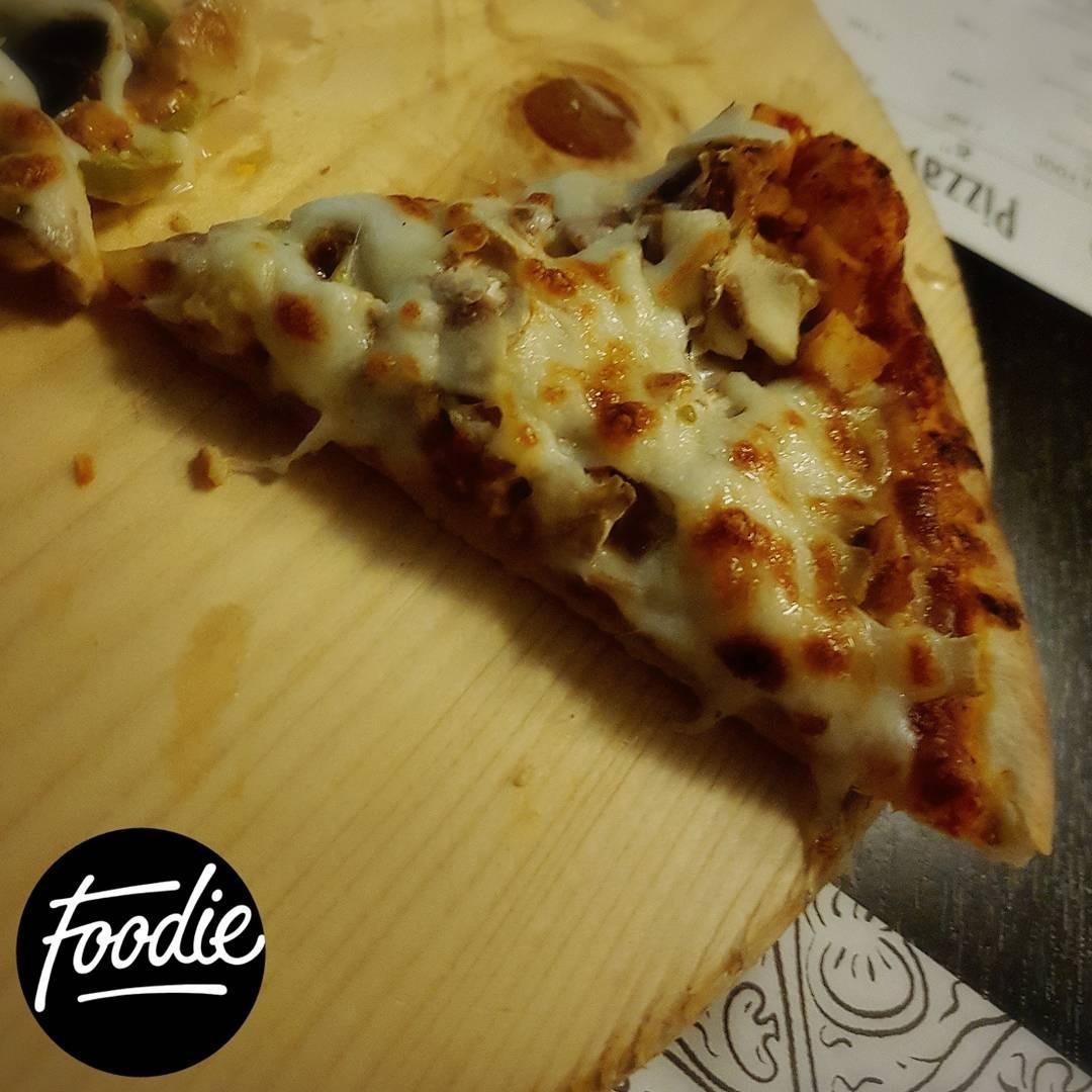 Pollo pizza @ Pizzamo - Bahrain