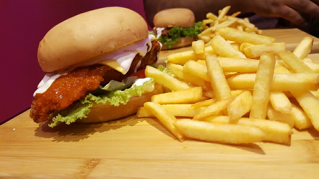 Loved #BuffaloChicken!!!!! Not to forget the crispy fries!!! @ Burger Zone - Bahrain