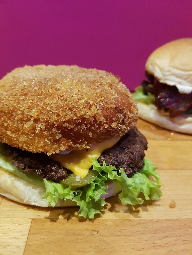 Crunchy Head #burger #fries #burgerzone