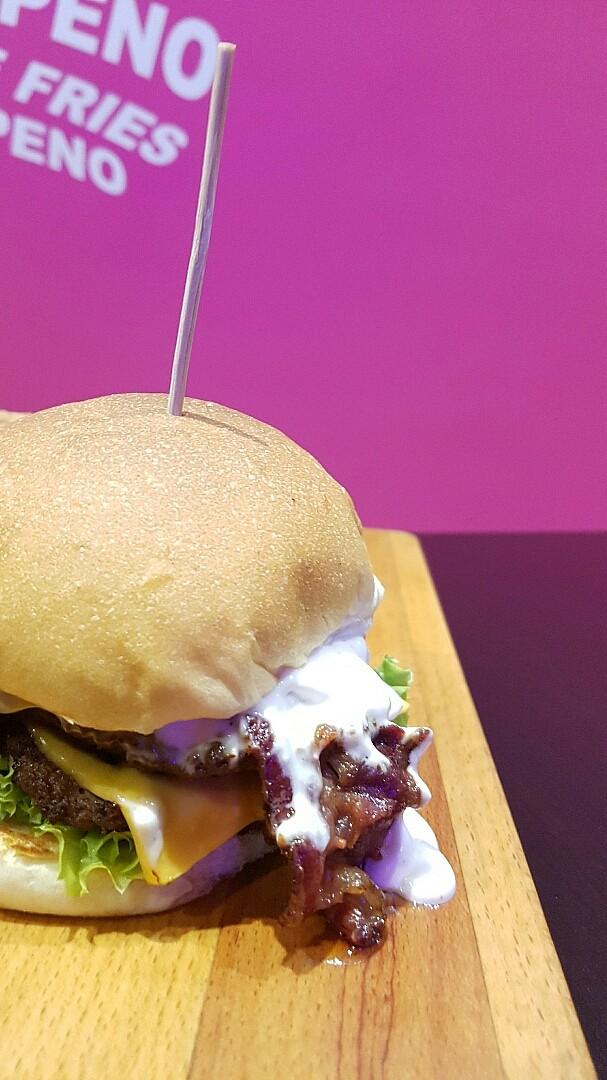 Big mouth @ Burger Zone - Bahrain