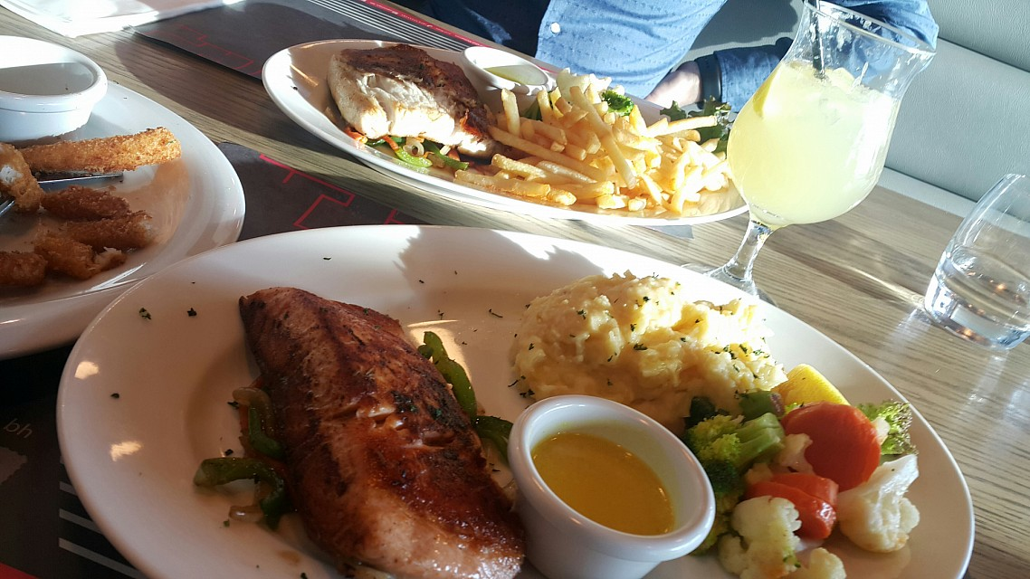 Salmon 😋 always my fav seafood dish 👌👌