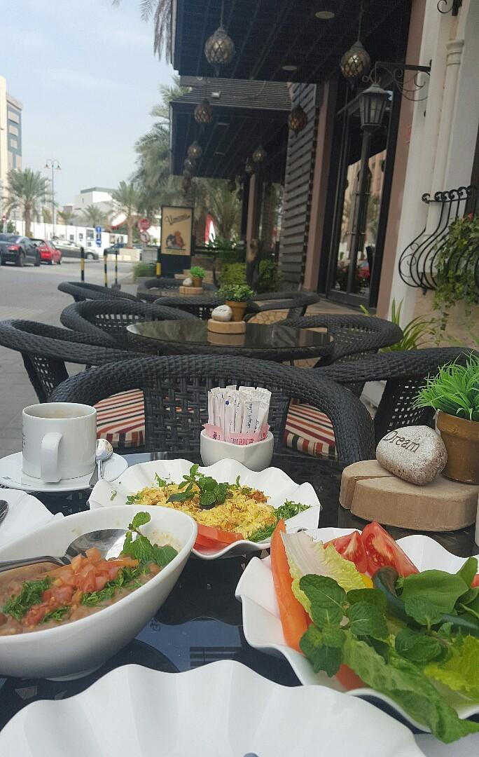 الخبز كان ممتاز لكن مو موجود في الصورة 😉 @ Mama Maya - Bahrain