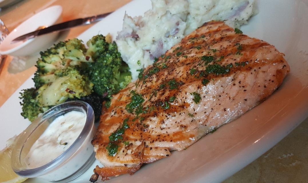 salmon 🙇�♂�