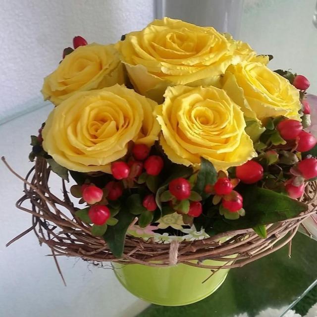 #flowers #roses #florist #fresh #bahrainflowers