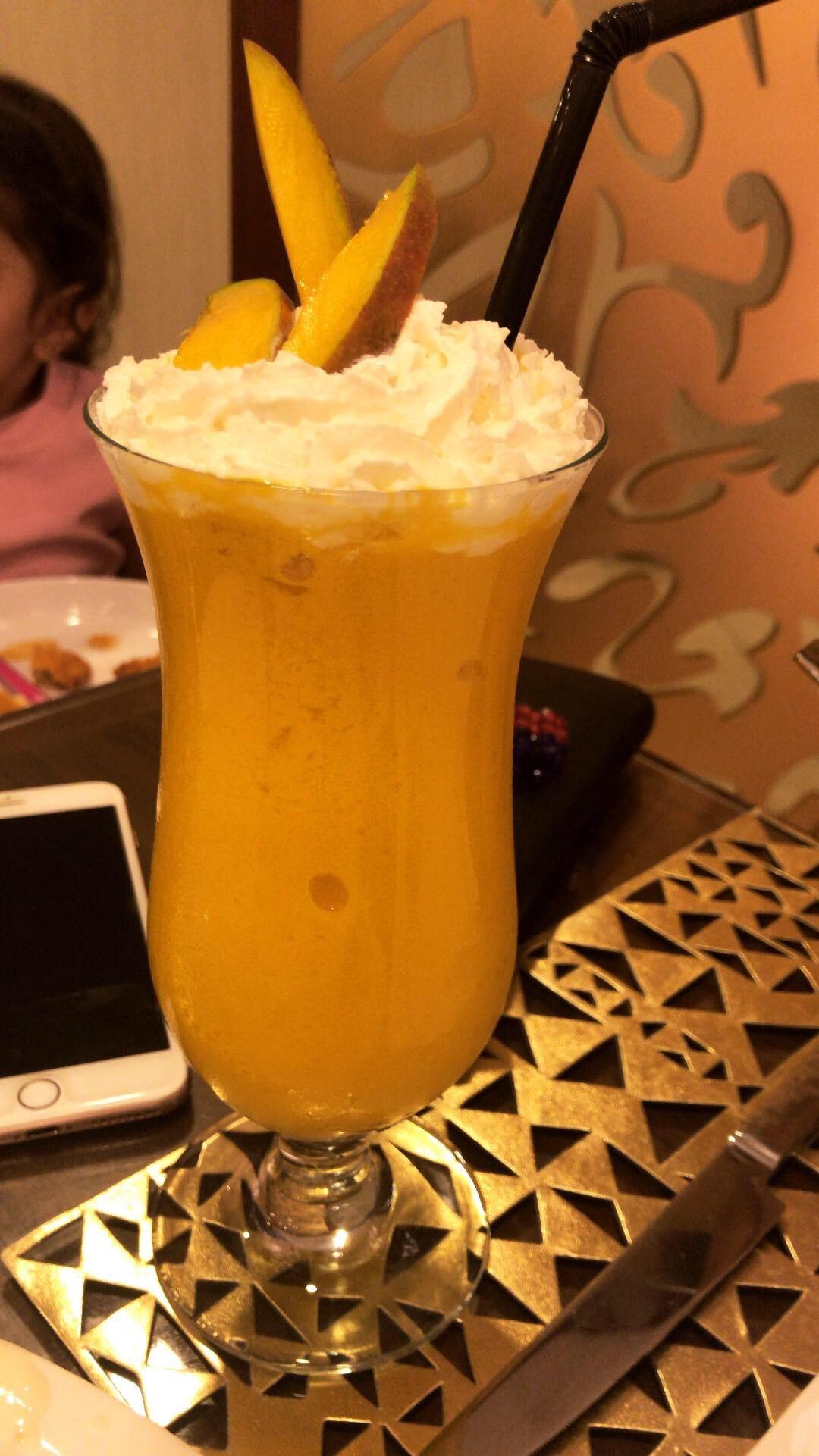 Mango smoothie @ Le Petit Restaurant - Bahrain