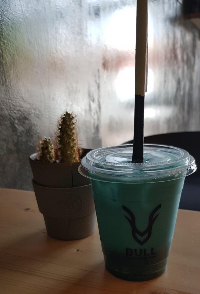 blue 💙🥰👌.. #cafe