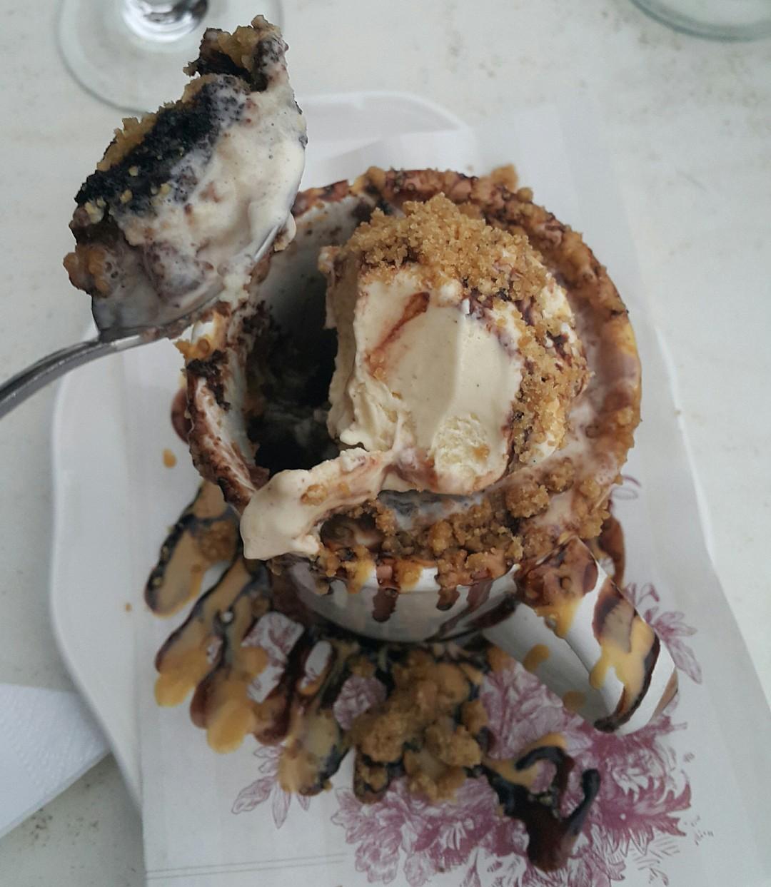 mug��� @ Cafe Lilou - Bahrain