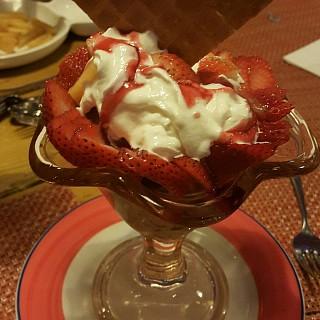Valentino 😅 Its Scoop of #chocolate #icecream + #strawberry pieces + dream whip cream